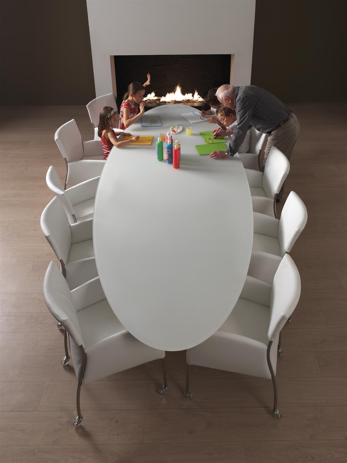 Table de repas Elyps de la marque Joli