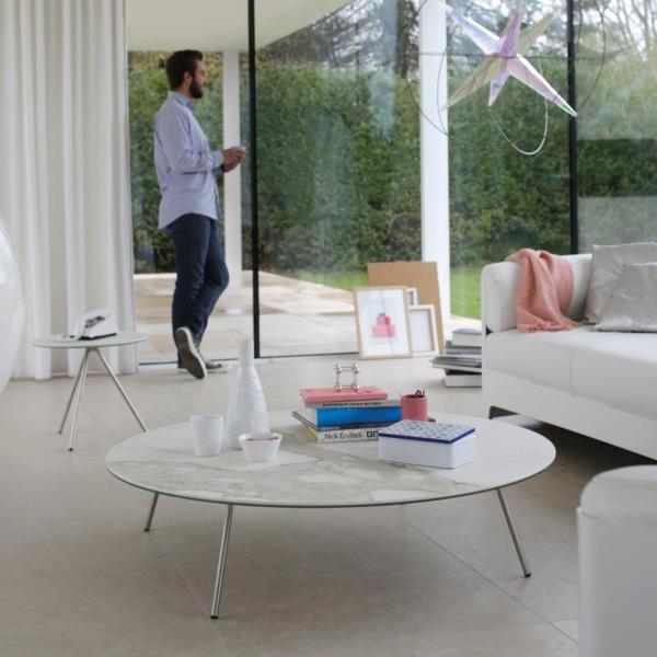 Table basse de salon design EASY 4 conçue le créateur John Ghekiere.