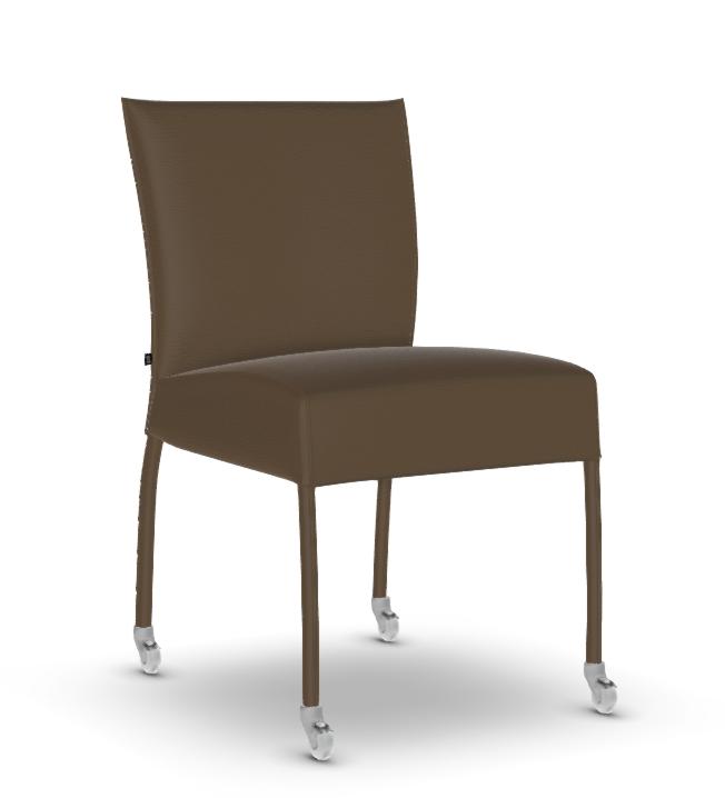 chaise design cuir v ritable avec roulettes de la marque belge joli. Black Bedroom Furniture Sets. Home Design Ideas
