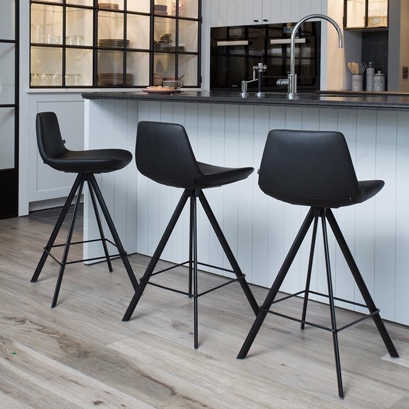 chaise haute confortable free chaise haute de cuisine ikea luxe chaise haute ikea chaise bureau. Black Bedroom Furniture Sets. Home Design Ideas