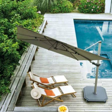 parasols JARDINICO carrés de300 x 300 cm sont d'une robustesse étonnante.