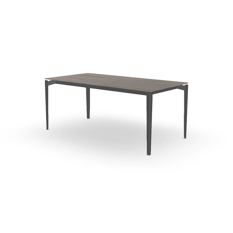 Table design jardin LAYERS de JOLI conçue par le créateur Sylvain Willenz