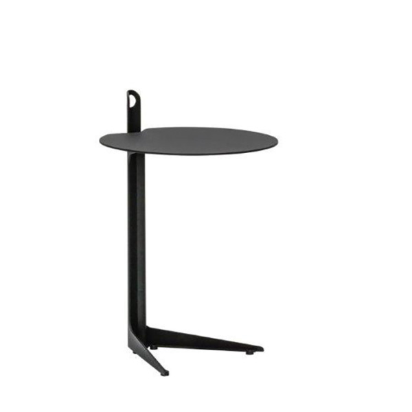 Cette table de bistro haute design COLLINS de JOLI