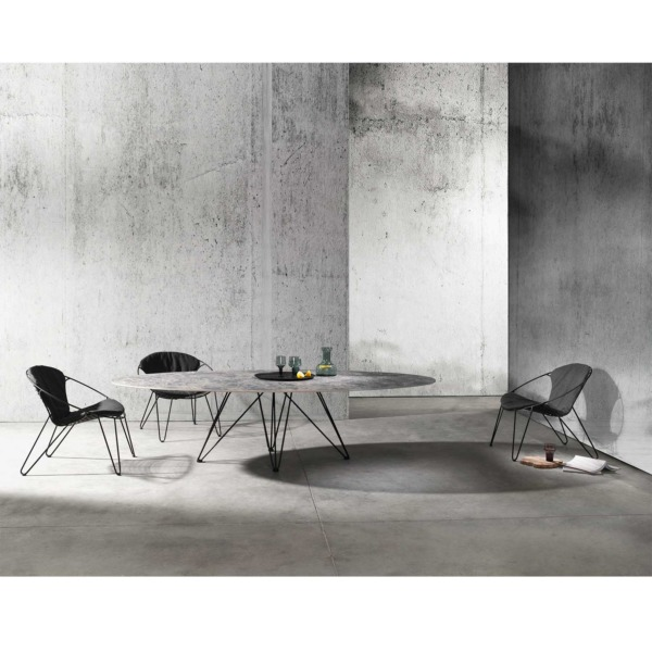 Table en céramique WIRE JOLI avec un design raffiné