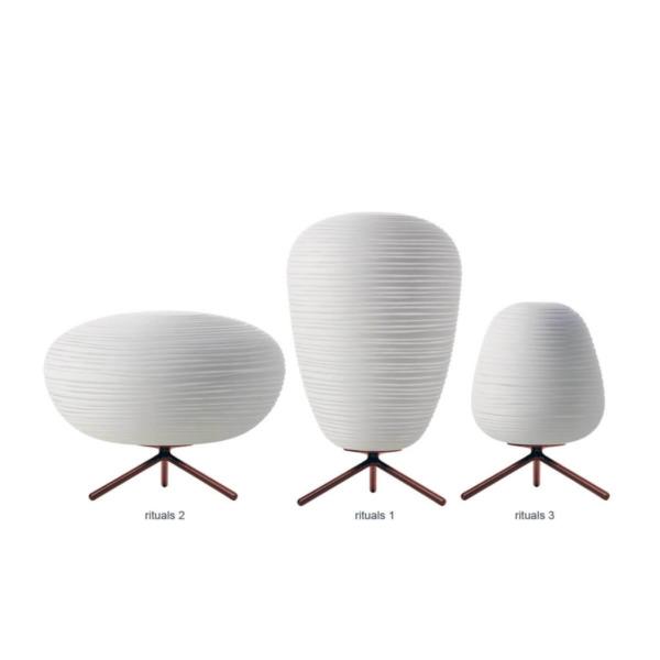 Lampe de table RITUALS de FOSCARINI se décline en plusieurs modèles.