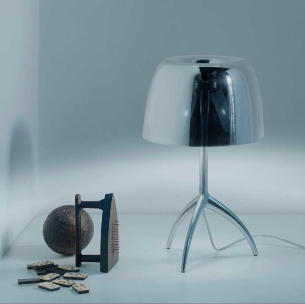 Lampe de table design LUMIERE de la marque FOSCARINI