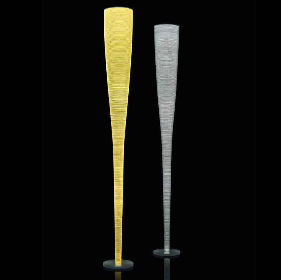 Lamadaire Mite jaune et noir de la marque Foscarini