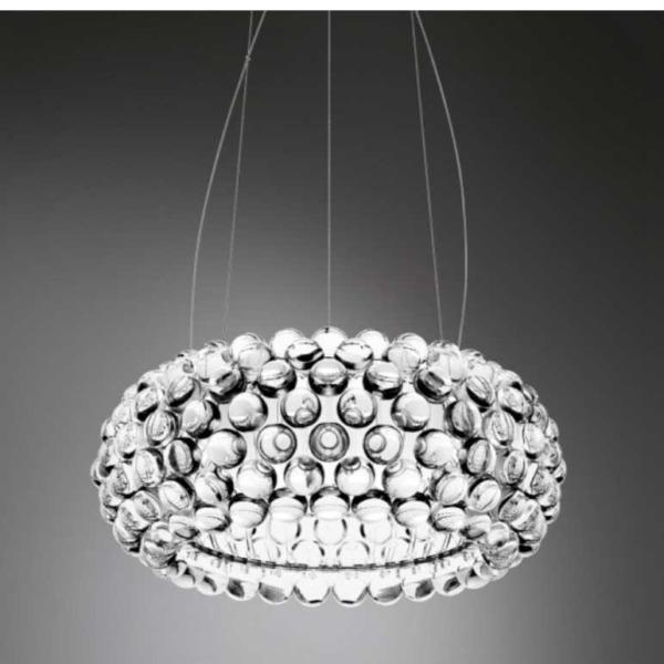 Lampe suspension Caboche Foscarini ornée de perles.
