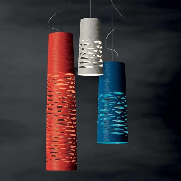 Cette lampe suspension Tress de Foscarini est fabriquée en Italie selon un style de type design industriel