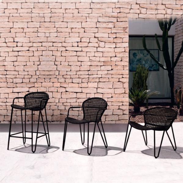 Cette chaise design FIZZ de Joli a été conçue par le designer Mathias De Ferm.