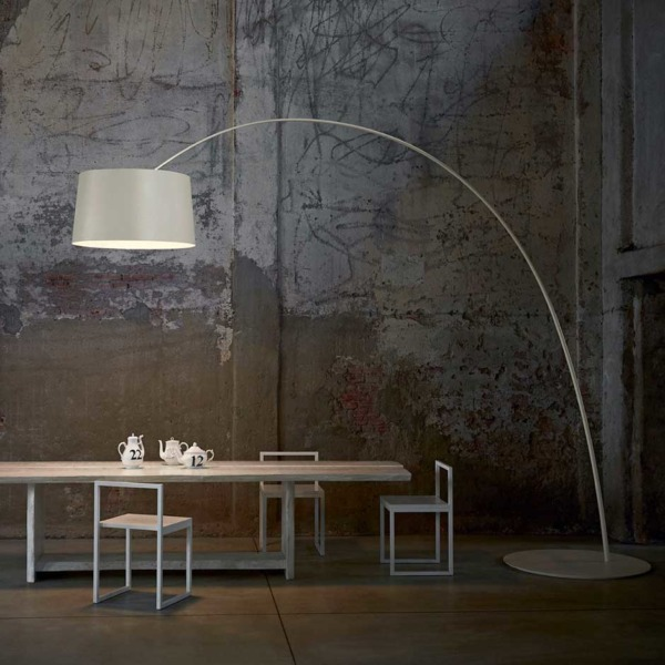 Lampadaire Twiggy Twice as design de la marque Foscarini.